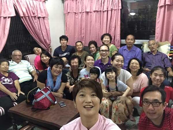 Reunion Dinner Photo